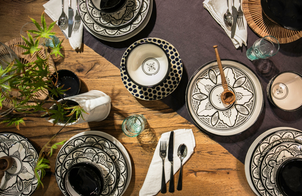 Healu0027s Moroccan Dinnerware & Interior Inspo: give your dinnerware a monochrome makeover - Healu0027s Blog