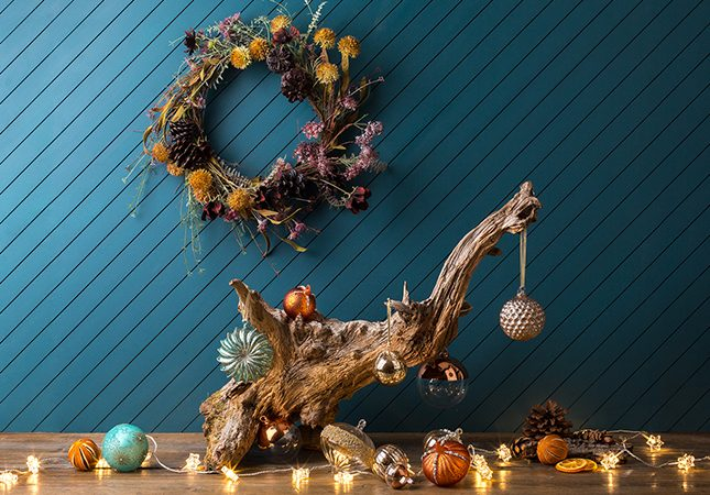 abigail-ahern-christmas-wreath-making