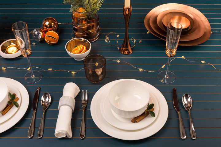 Christmas_table_ideas_copper