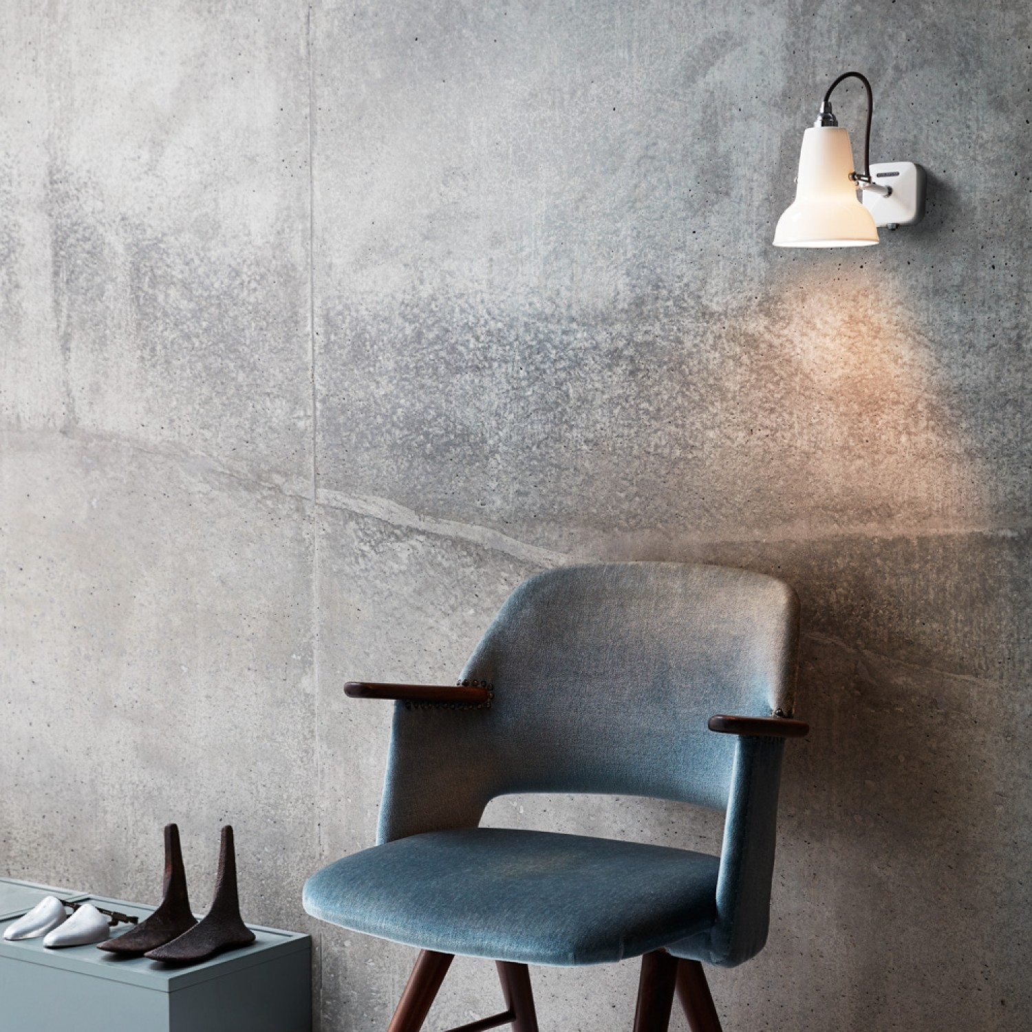 heals-anglepoise-original-1227-wall-light