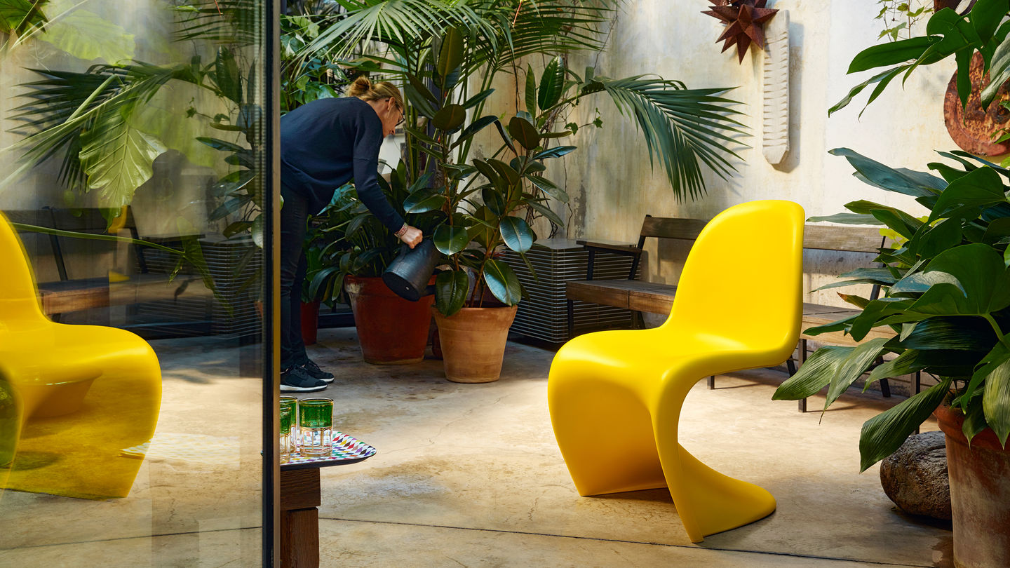 heals-vitra-panton-chair-sunlight