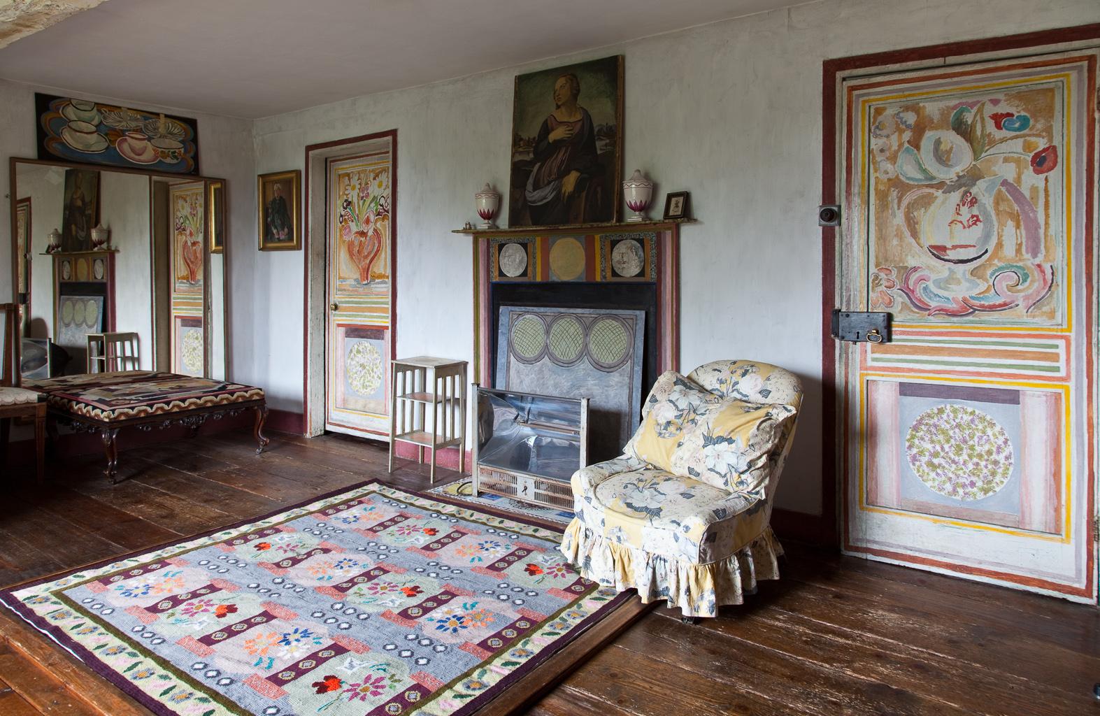 Heals-bloomsbury-group-charleston-house