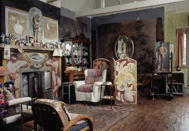 Love In Triangles The Bloomsbury Group And Heal S
