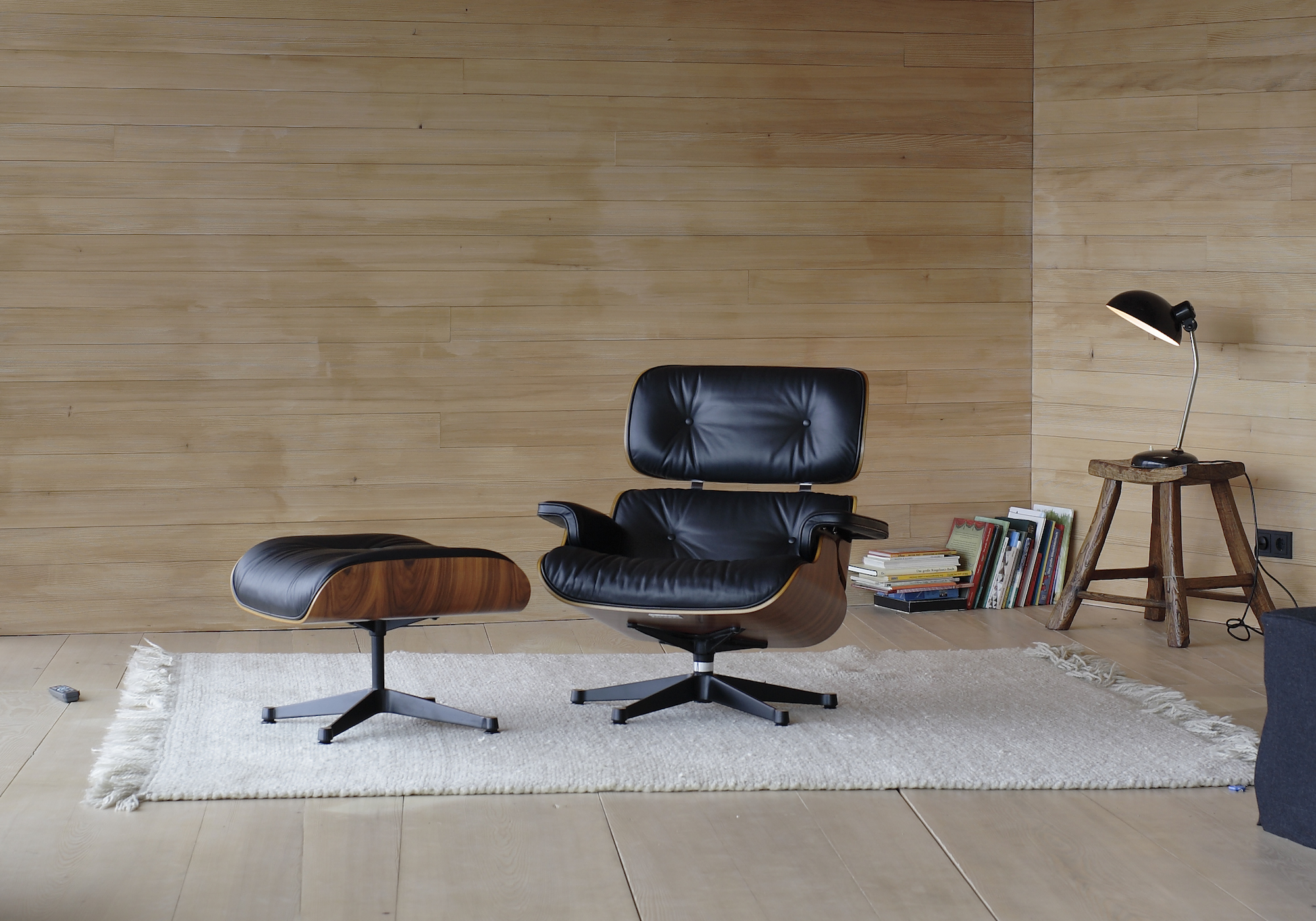 heals-100-eames-lounge-chair