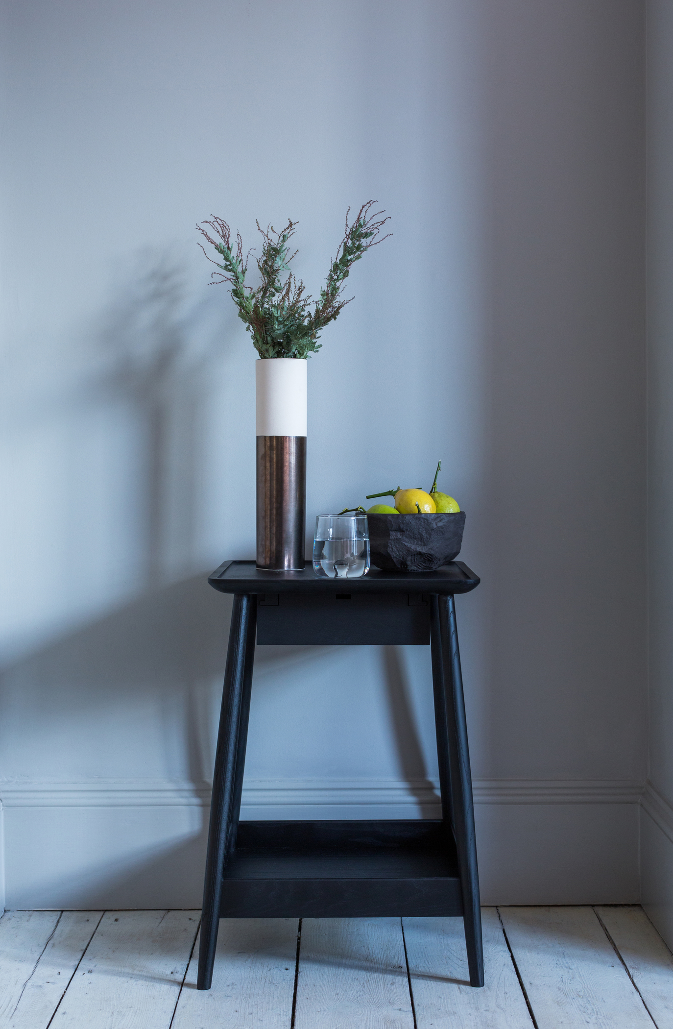 Scandi_style_side_table