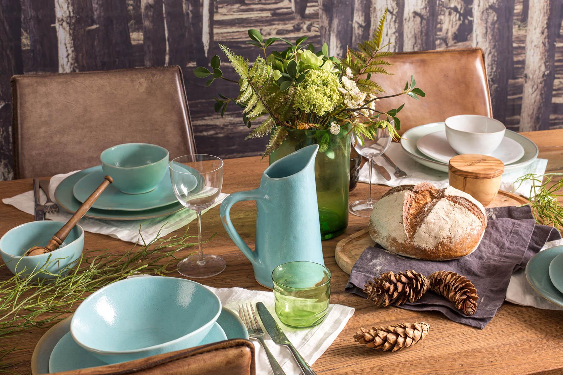 teal-dinnerware-heals