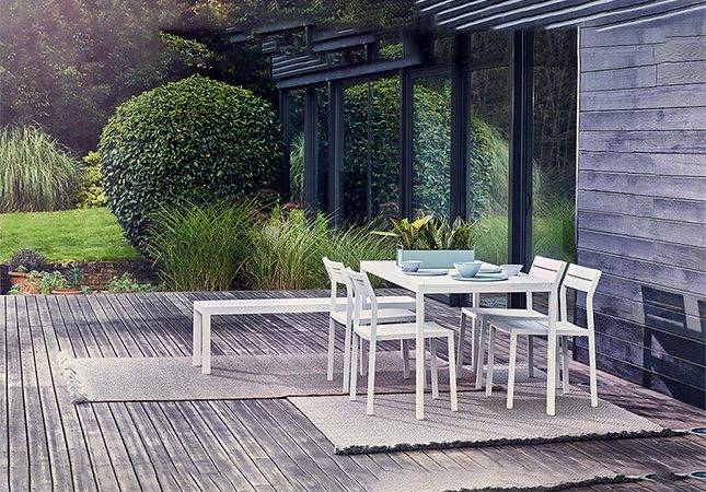 modern-outdoor-furniture-thumbnail