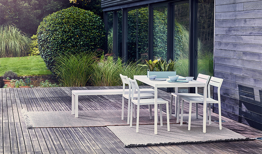 outdoor-furniture-modern