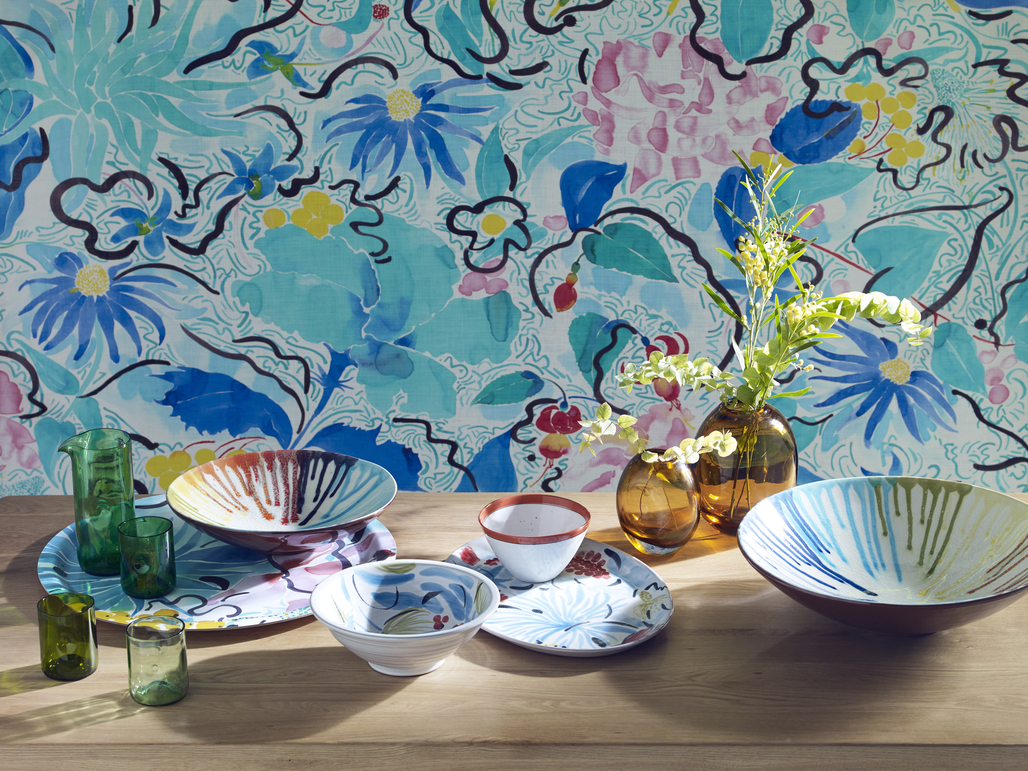 colourful_tableware