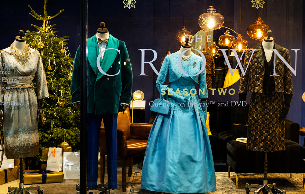 the-crown-costume-exhibition