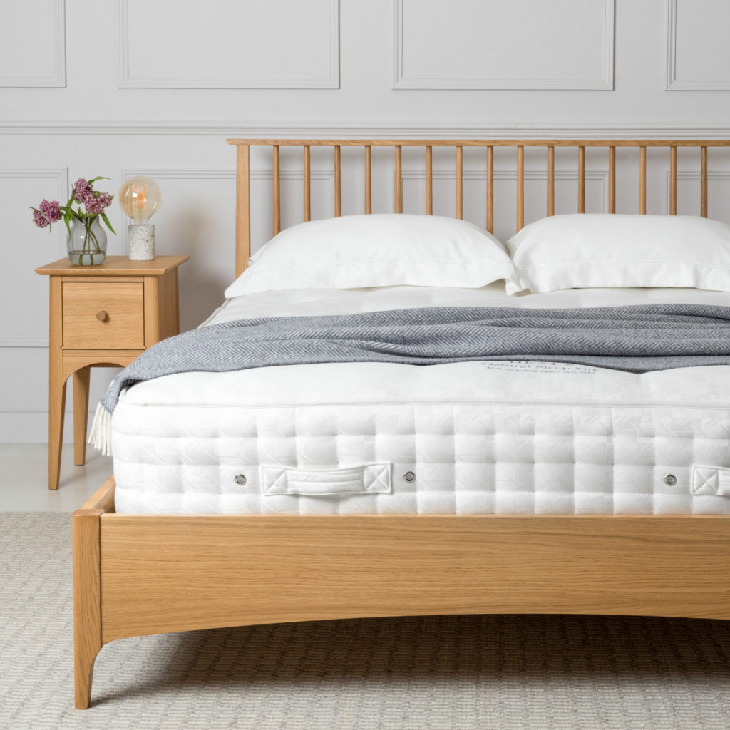 Blythe Bed | Find the right mattress for your sleeping position