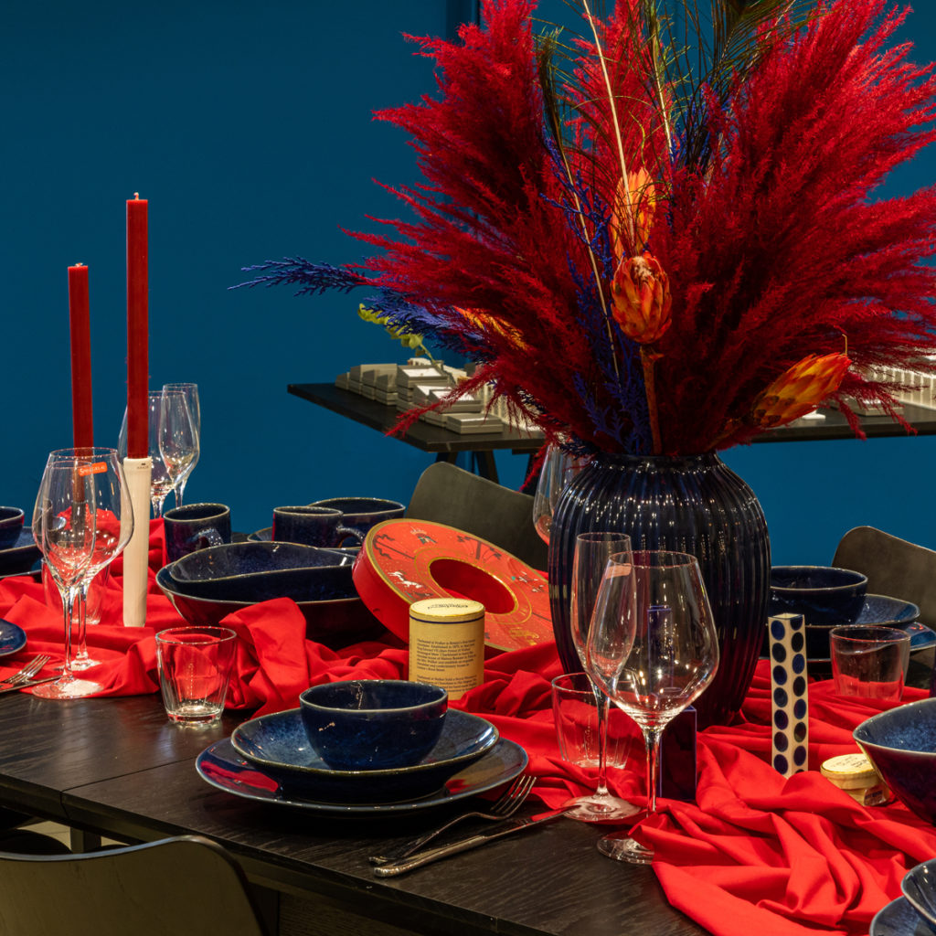 Deep Red Christmas Table Styling