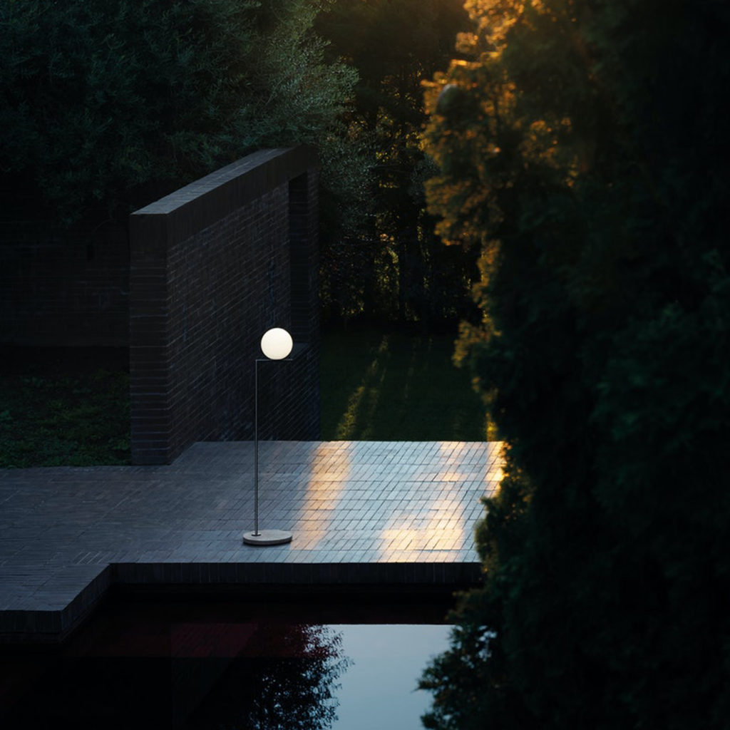 Outdoor lighting ideas with the IC F1 Outdoor Floor Lamp   Image courtesy of Flos