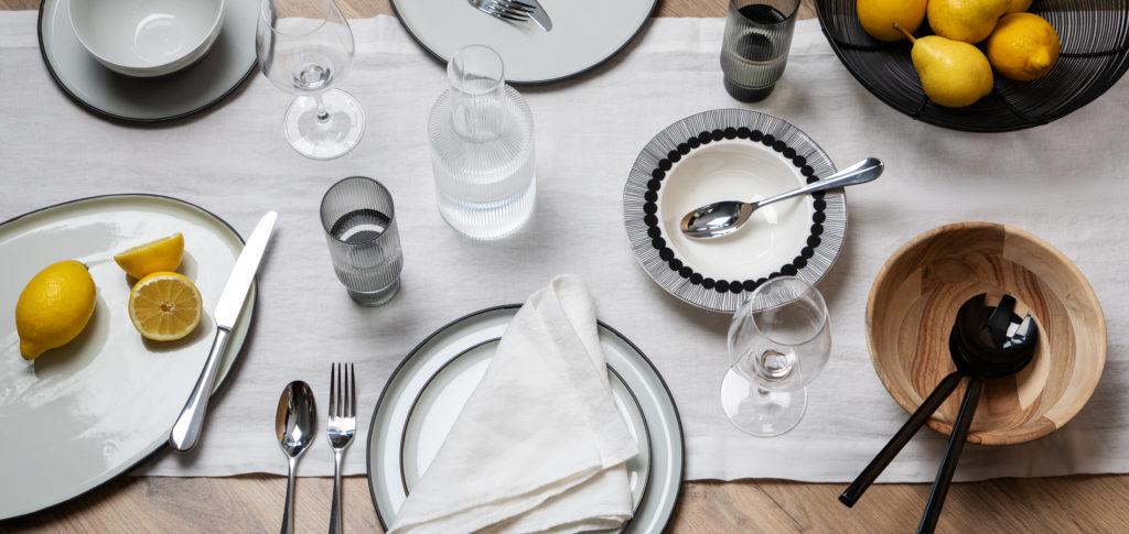 Scandinavian dining table styling idea