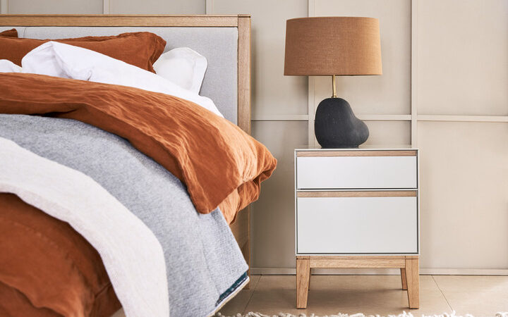 Lars Bedside Table Hebe Table Lamp