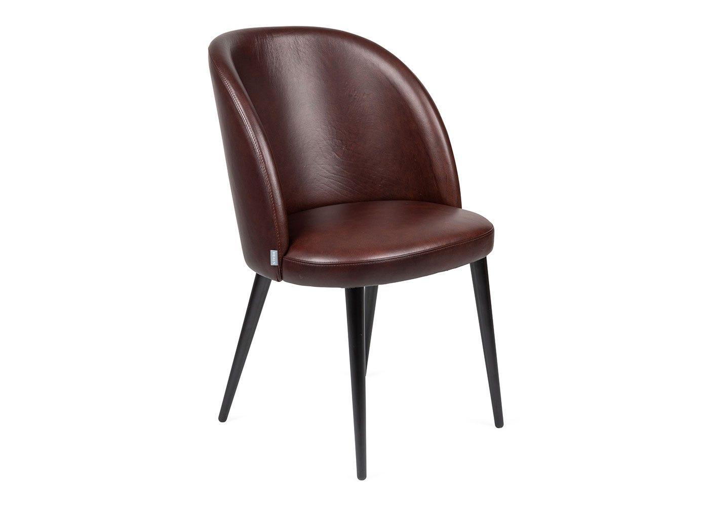 Fritz Hansen Fri Lounge Chair Light Beige Fabric Wooden Legs