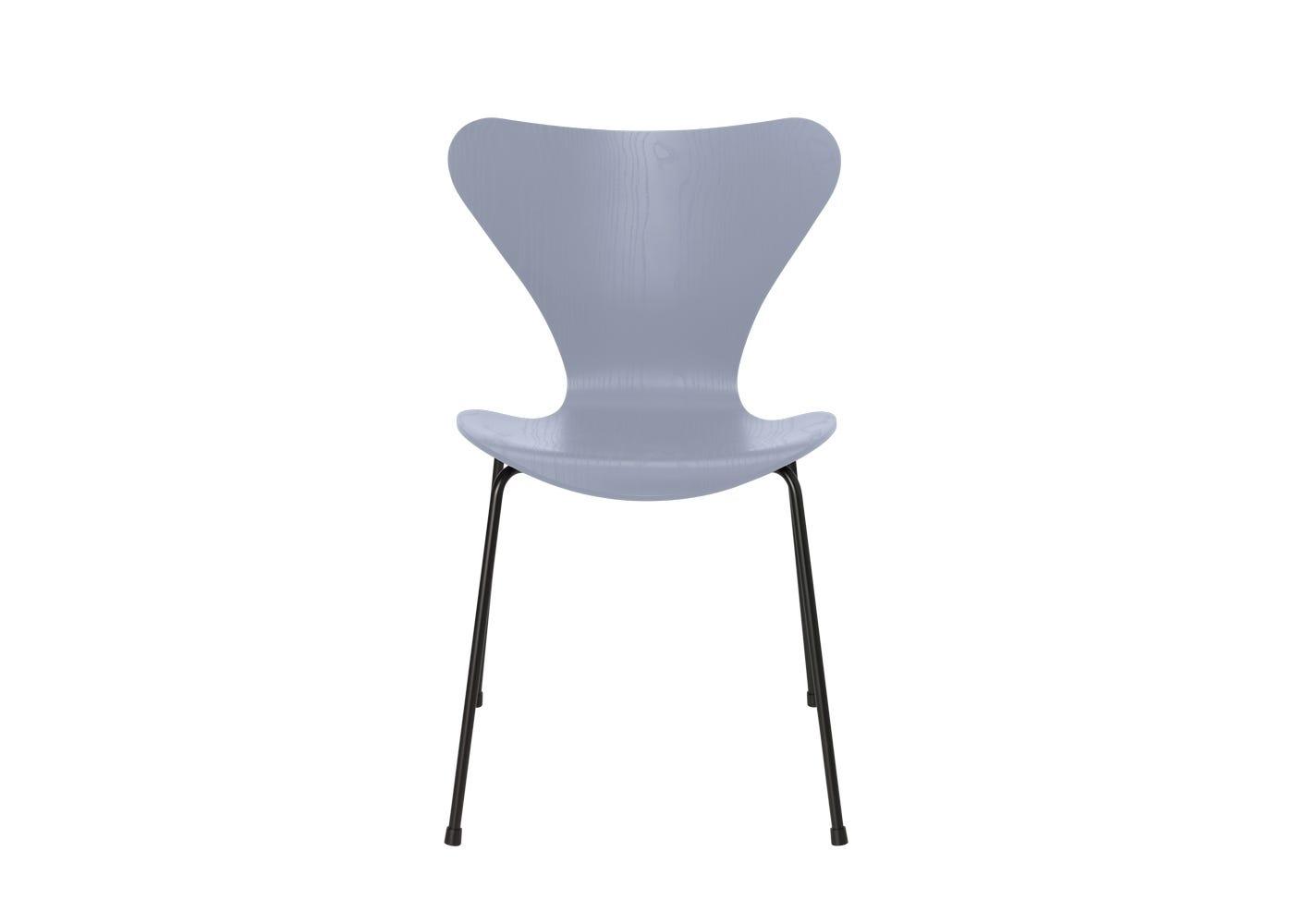 Fritz Hansen Series 7 Chair Coloured Ash Black Legs Lavender Blue