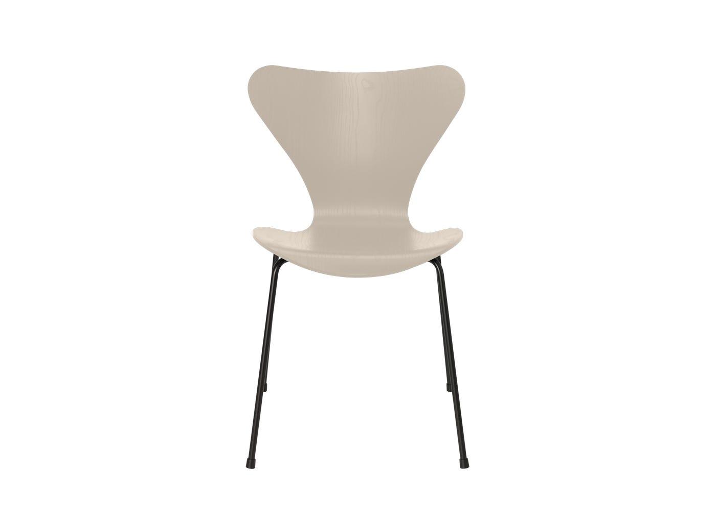 Fritz Hansen Series 7 Chair Coloured Ash Black Legs Light Beige