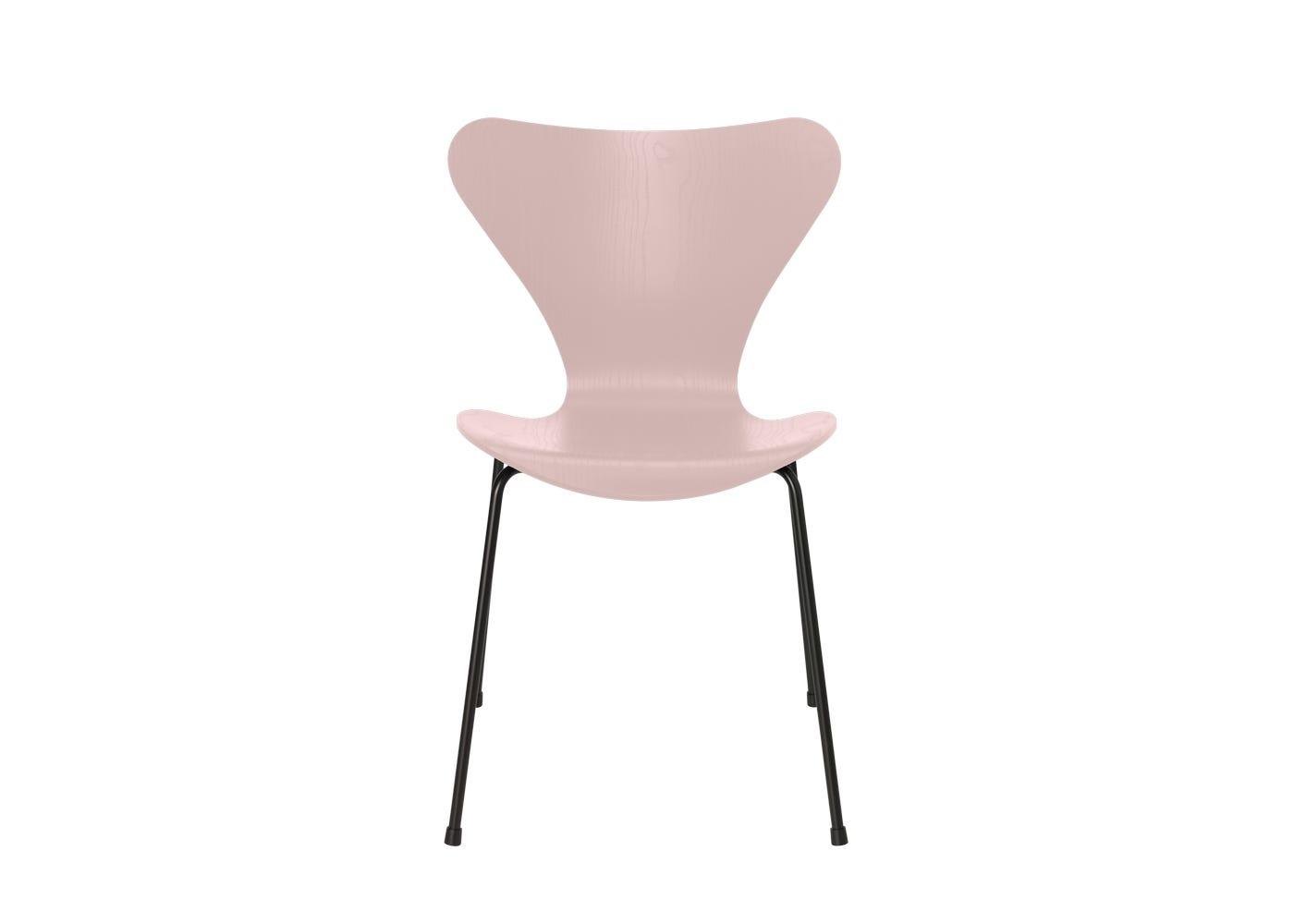 Fritz Hansen Series 7 Chair Coloured Ash Black Legs Pale Rose
