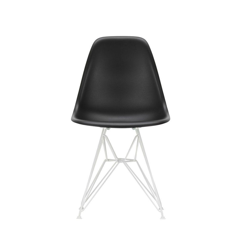 Fritz Hansen Series 7 Chair Walnut Veneer