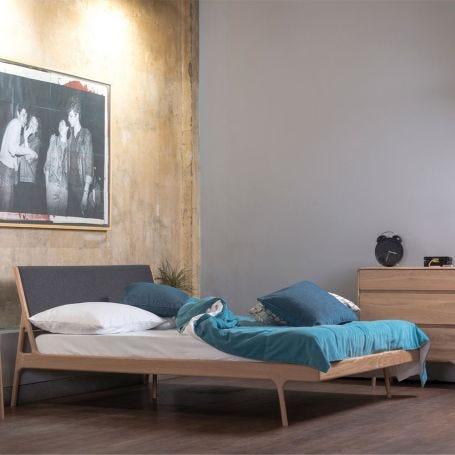 Fawn Bed Oak & Black Cotton