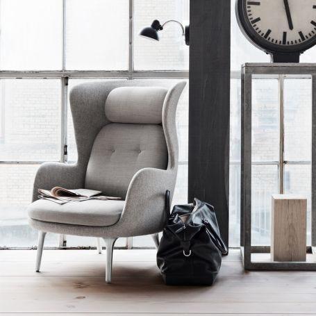 Ro Easy Chair