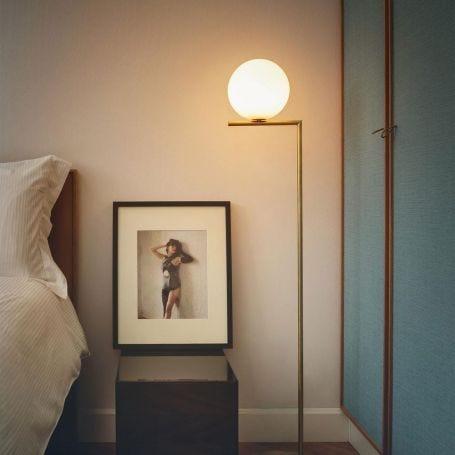 IC F2 Floor Lamp
