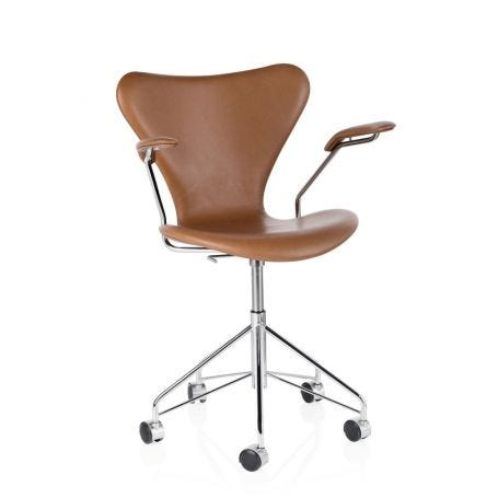 Series 7 Fully Upholstered Swivel Armchair Leather Grace Walnut